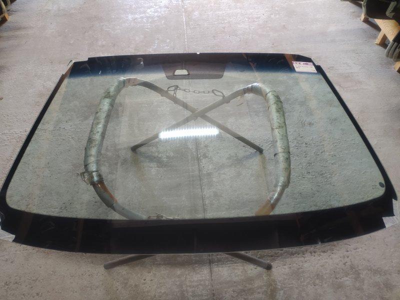 Стекло лобовое Kia Carens I 1999