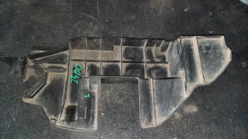 Защита радиатора Nissan X-Trail NT31 MR20DE 2007 левая (б/у)