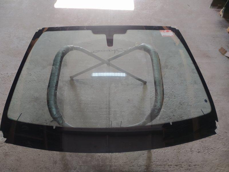 Стекло лобовое Lada X-Ray 2015