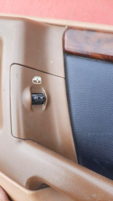 Кнопка стеклоподъемника Jeep Zg Grand Cherokee (Steyr) ZJ MAGNUM 318 1998 задняя правая (б/у)