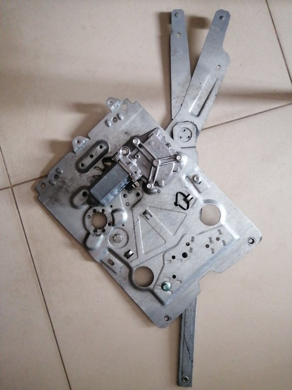 Механизм стеклоподъёмника Volvo Fh12 D12D420 2004 правый (б/у)