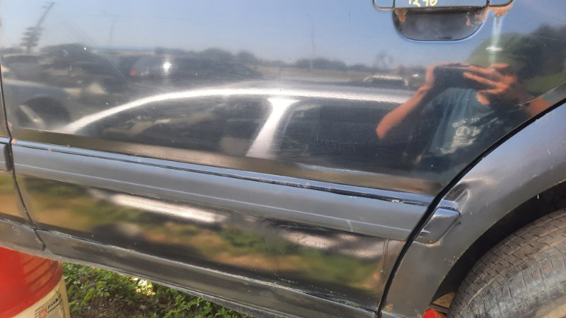 Молдинг двери Audi A100 4A2 AAH 1990 задний левый (б/у)