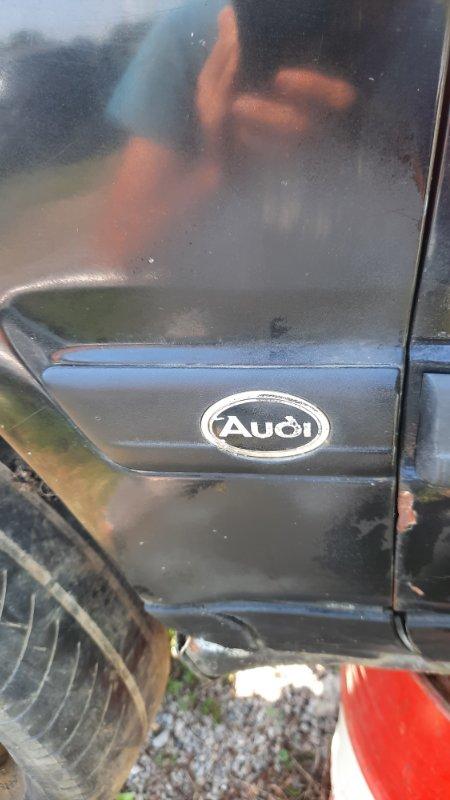 Молдинг на крыло Audi A100 4A2 AAH 1990 передний левый (б/у)