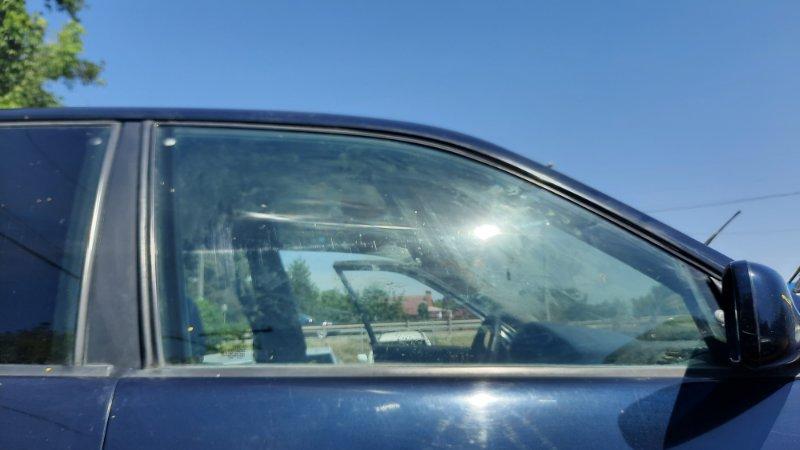 Стекло боковое Audi A100 4A2 AAH 1990 переднее правое (б/у)