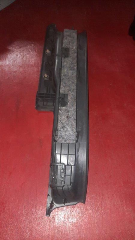 Подножка Toyota Noah ZRR70G 3ZR FE 2007 (б/у)