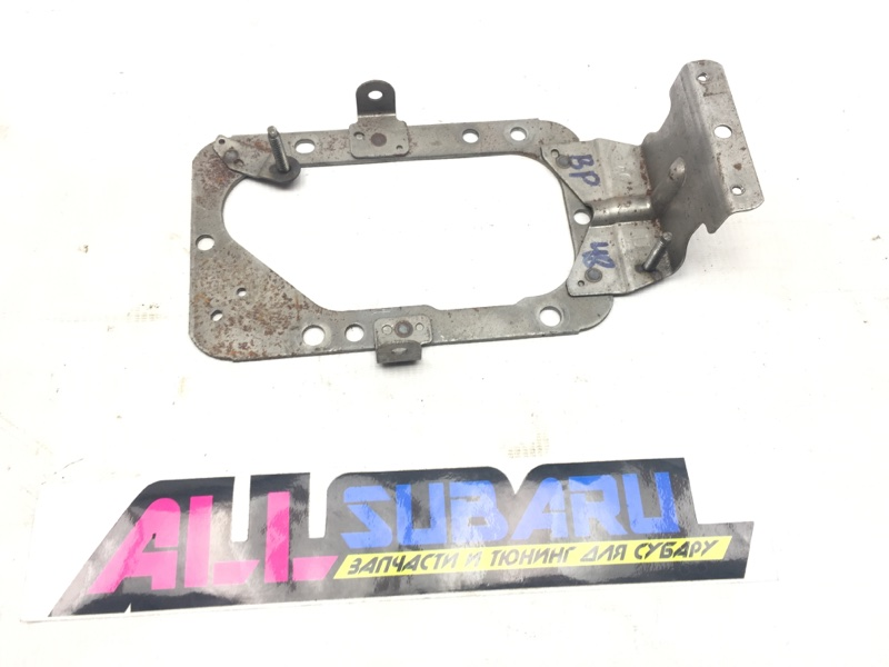 Рамка крепления кулисы мт Subaru Legacy BL 2003 (б/у)