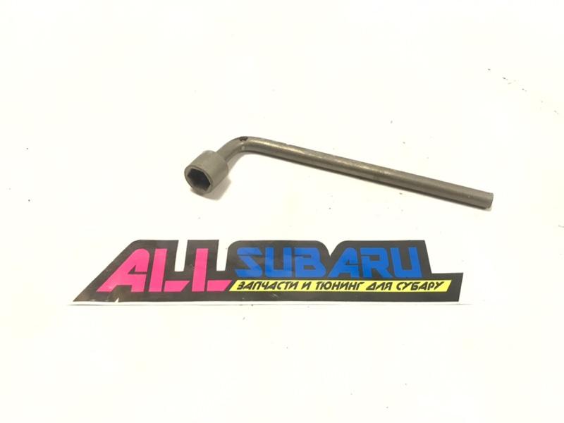 Ключ баллонный subaru Subaru Forester SF EJ205 2000 (б/у)