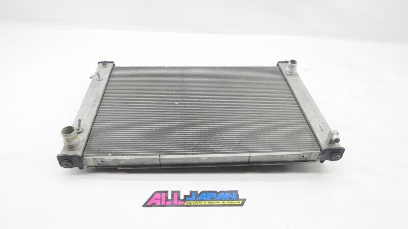 Радиатор охлаждения двигателя Nissan Skyline V36 2007 передний (б/у)