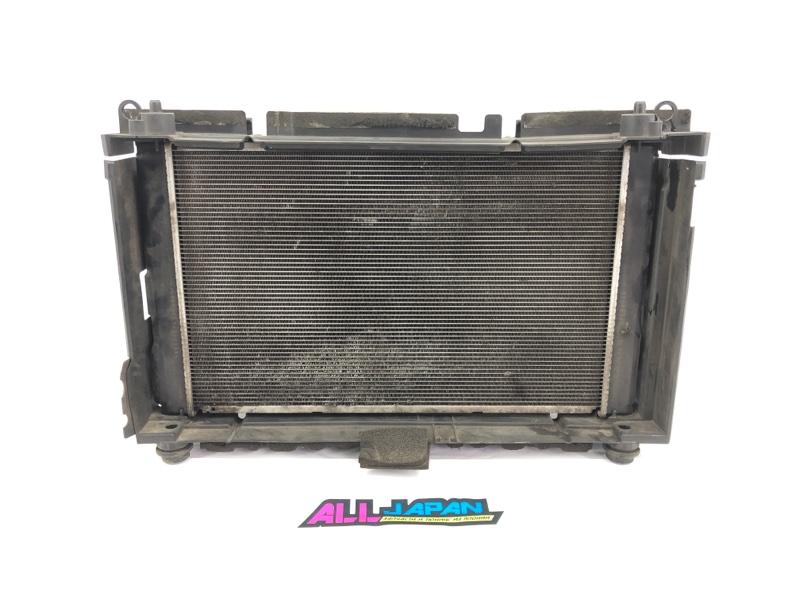 Радиатор охлаждения двигателя Toyota Prius XW30 2011 передний (б/у)