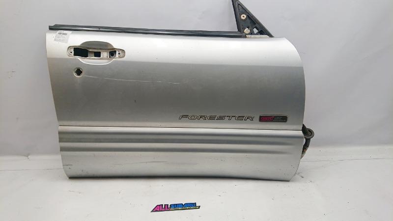 Дверь передняя правая Subaru Forester SF 1997 правая (б/у)