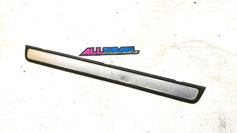 Накладка порога в салоне Subaru Impreza Wrx Sti GRF EJ257 2009 (б/у)