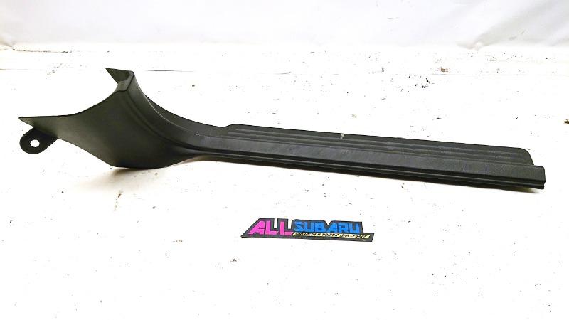 Накладка порога в салоне Subaru Impreza Wrx Sti GDB EJ207 2006 передняя правая (б/у)