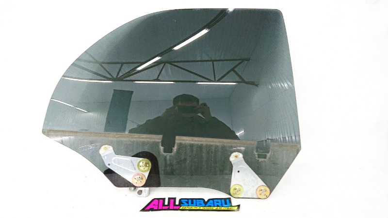Стекло двери Subaru Impreza Wrx Sti GDB EJ207 2005 заднее правое (б/у)