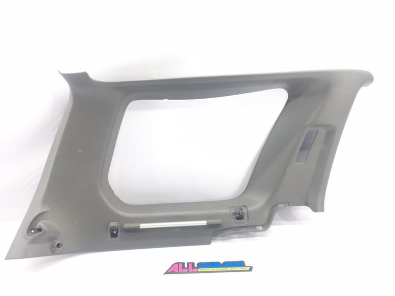Обшивка багажника Subaru Forester SG EJ255 2003 левая (б/у)