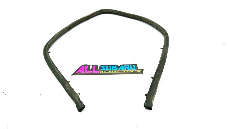 Уплотнительная резинка капота Subaru Impreza Wrx Sti GD EJ207 2000 (б/у)