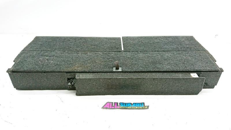 Обшивка багажника Subaru Forester SF5 EJ205 1996 задняя (б/у)