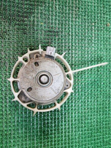Двигатель вентилятора Toyota Corolla 9 E120 4ZZFE 2000 (б/у)