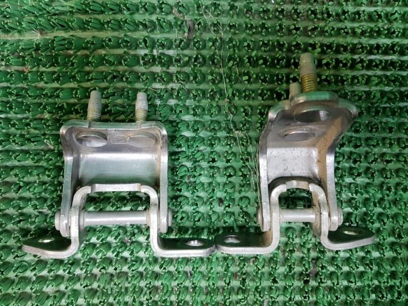 Петли дверей Honda Odyssey RA6 F23A 1999 задние правые (б/у)