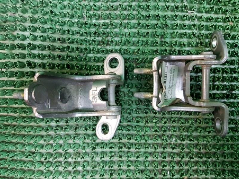 Петли дверей Honda Odyssey RA6 F23A 1999 задние левые (б/у)