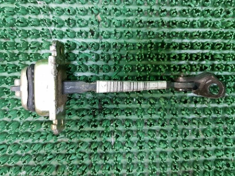 Ограничитель двери Honda Odyssey RA6 F23A 1999 передний правый (б/у)