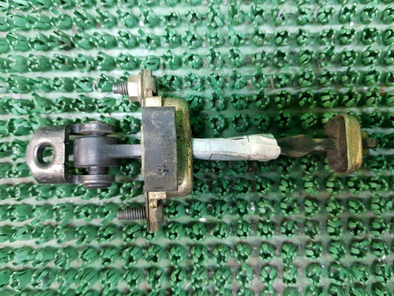 Ограничитель двери Peugeot 407 6D_ RFN 2004 задний правый (б/у)