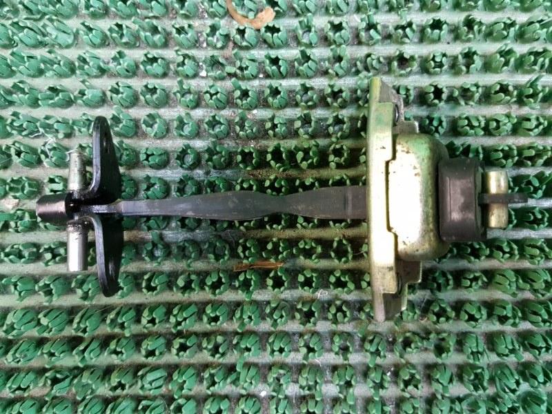 Ограничитель двери Toyota Ipsum SXM10 3SFE 1996 передний левый (б/у)