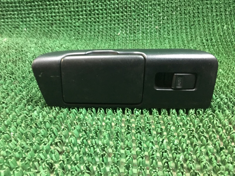 Кнопка управления стеклоподъемником Lexus Gs JZS160 1997 задняя правая (б/у)