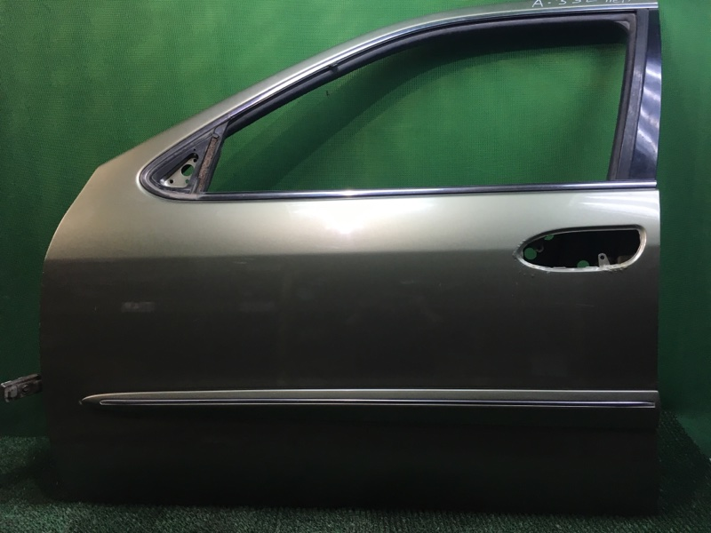 Дверь Nissan Maxima A33 VQ20DE 1999 передняя левая (б/у)