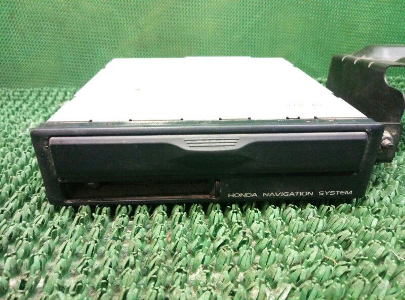 Блок навигационной системы с cd проигрывателем Honda Hr-V GH3 D16A 2001 (б/у)