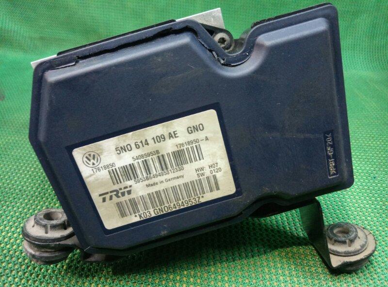 Блок abs Audi Q3 Quattro 8UB CCZC 2011 (б/у)