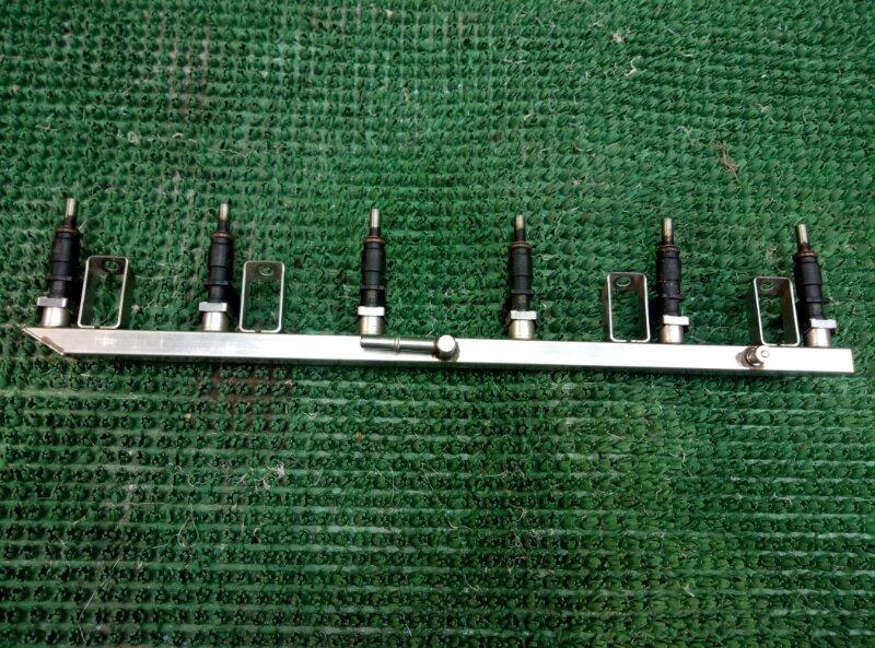 Топливная рампа с форсунками Bmw 5-Series E60 N52B30 (б/у)