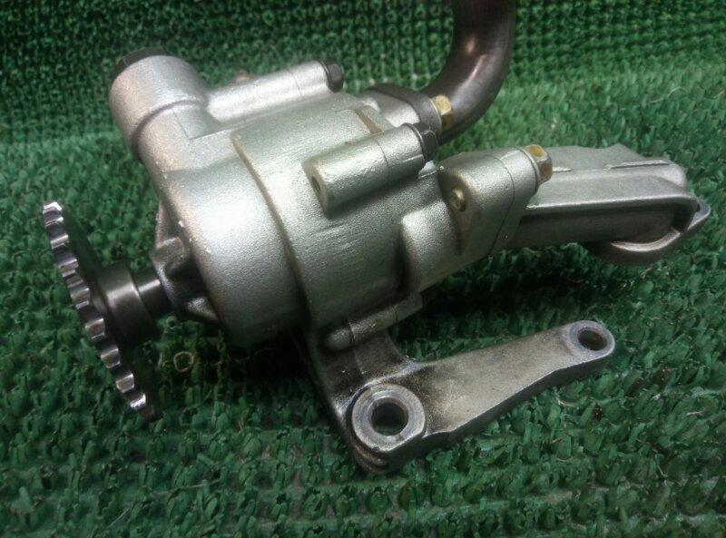 Масляный насос Hyundai H-1 D4CB (б/у)
