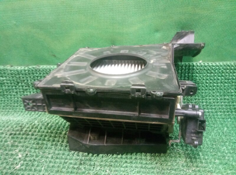 Корпус салонного фильтра Nissan Almera N16 N16 QG15DE 2000 (б/у)