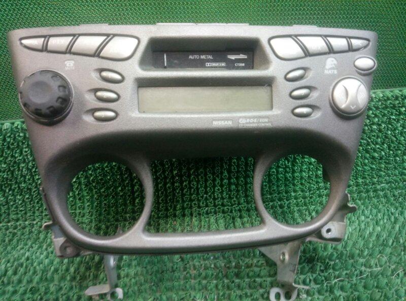 Магнитола Nissan Almera N16 N16 QG15DE 2000 (б/у)