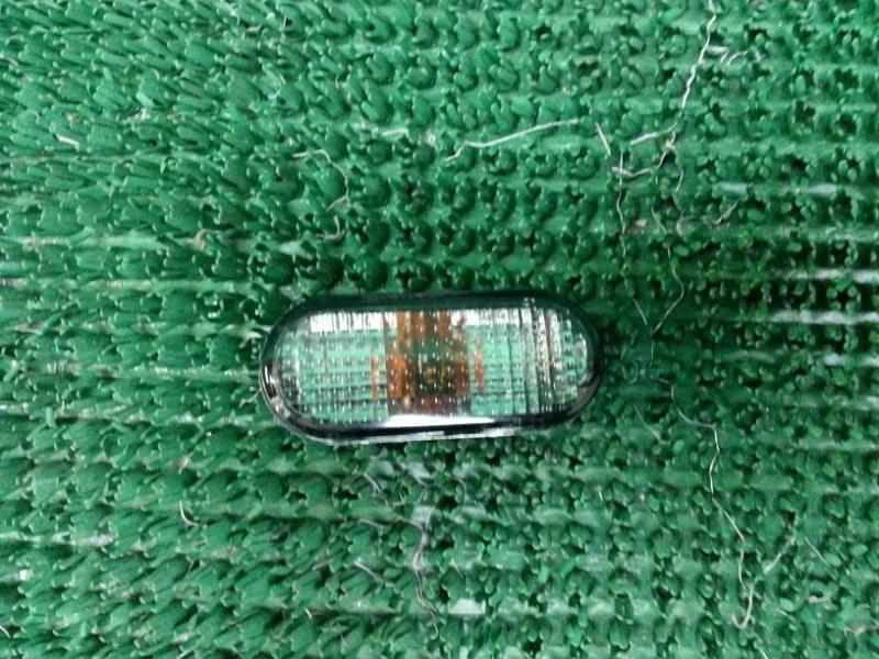 Повторитель поворота в крыло Volkswagen Passat B3 передний правый