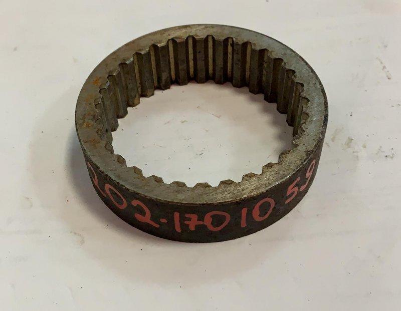 Втулка (сталь) ф81х95 l=25 внутр.зуб (z30) шестерни 3-й передачи промвала Маз