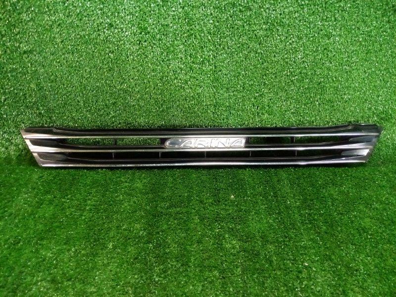 Решетка радиатора Toyota Carina 211 7A (б/у)