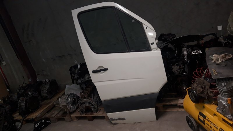 Дверь Volkswagen Crafter 2007 передняя правая (б/у)