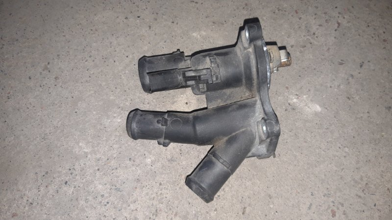 Корпус термостата Ford Focus 2 05-07 HXDA 2007 (б/у)