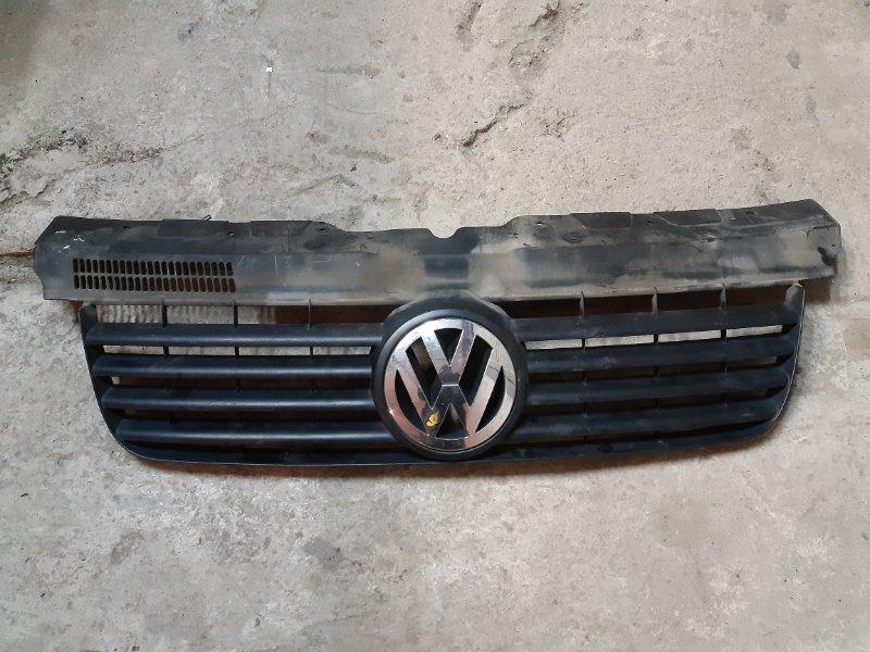 Решетка радиатора Volkswagen Transporter T5 2.5 AXD 2005 (б/у)