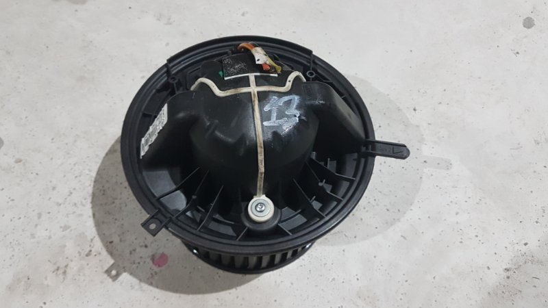 Моторчик печки Mercedes-Benz А160 W169 1.8 266120 2012 (б/у)