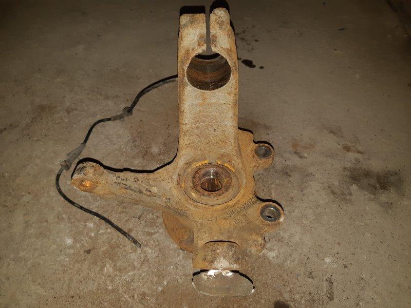 Кулак поворотный Ford Focus 2 08-11 1.6 TD левый (б/у)