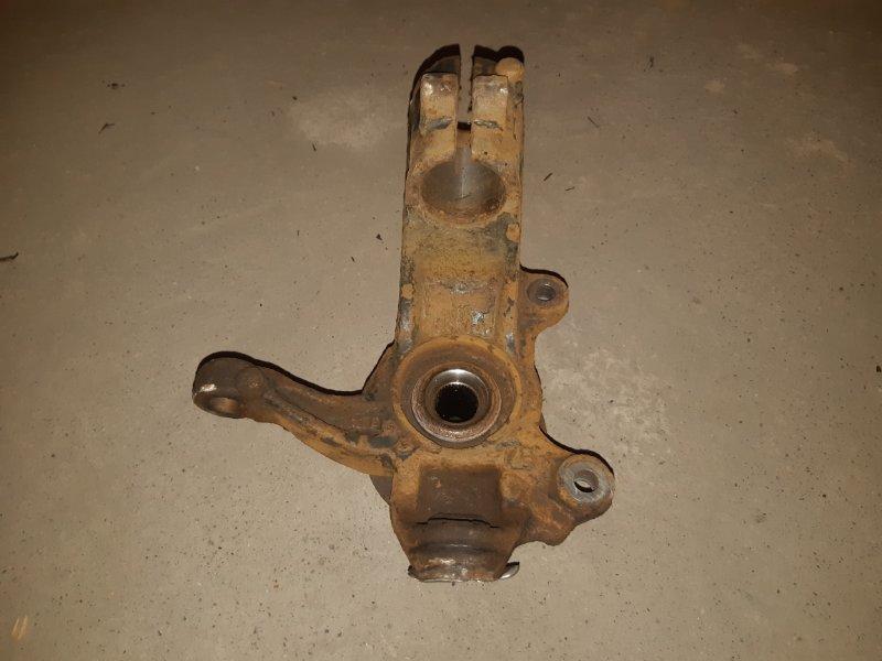 Кулак поворотный Ford Mondeo 4 2.3 2008 левый (б/у)