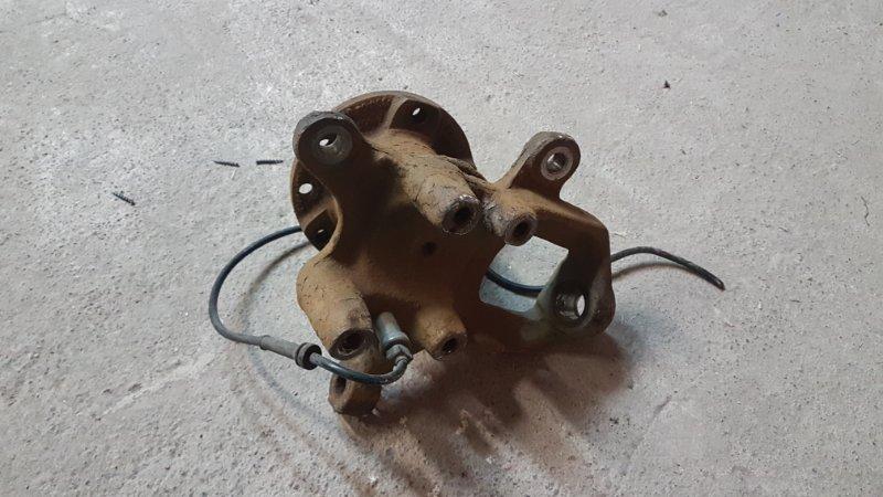 Кулак поворотный Mercedes-Benz Spinter 2.2 611987 2002 передний правый (б/у)
