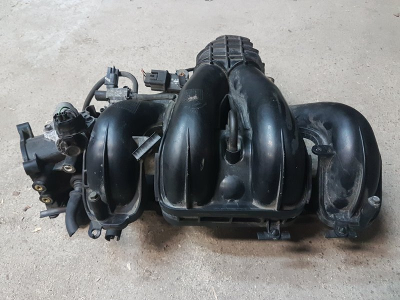 Коллектор впускной Mazda 6 Gg 2.0 LF 2003 (б/у)