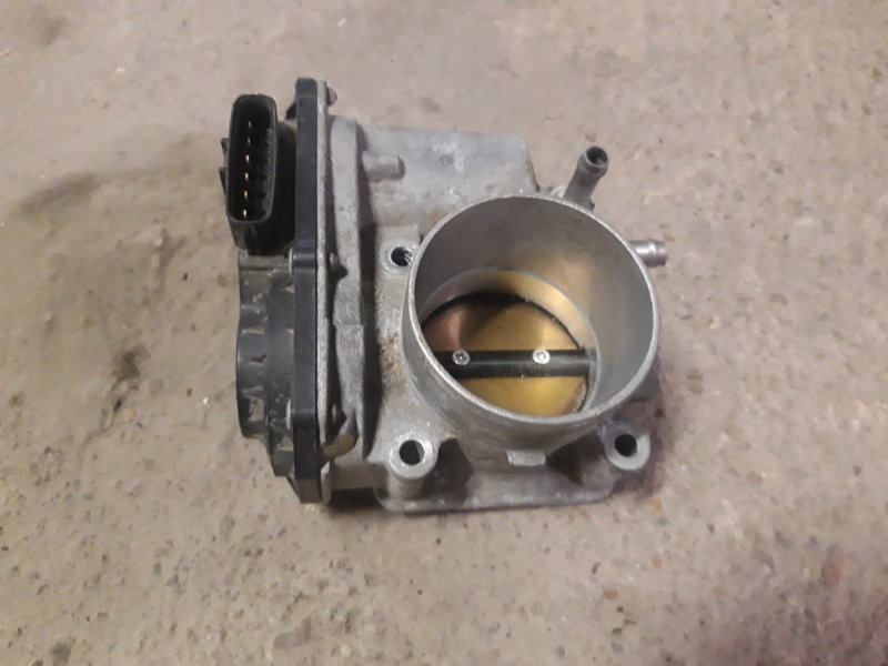 Заслонка дроссельная Toyota Auris 1ZR (б/у)