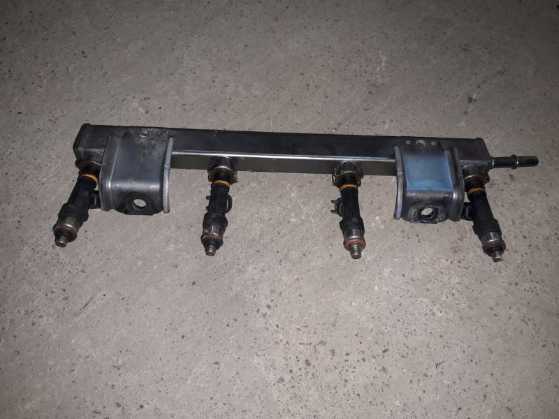 Топливная рампа Mazda 6 Gh ХЕТЧБЭК LF 2008 (б/у)