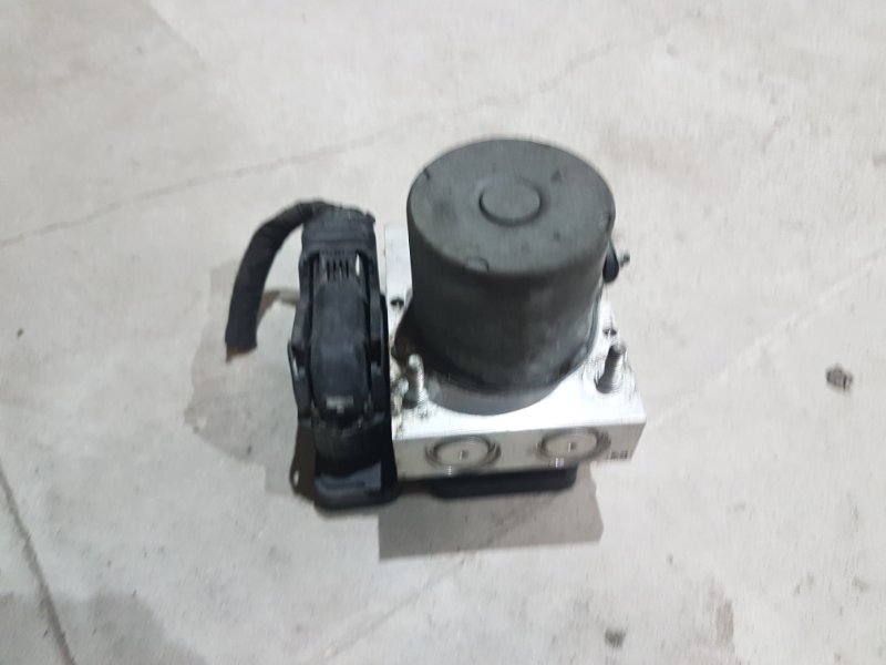 Блок абс Volkswagen Crafter 2 2012 (б/у)