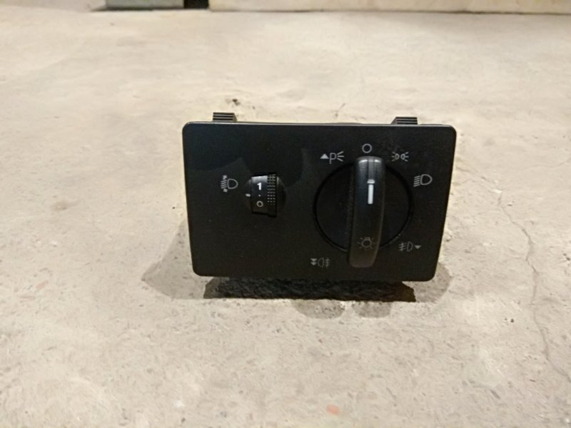 Блок света фар Ford C-Max (б/у)