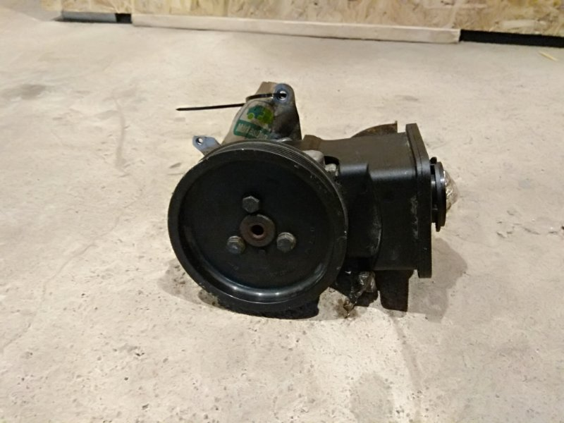Насос гидроусилителя Bmw 3-Series E46 320D M47N 2002 (б/у)